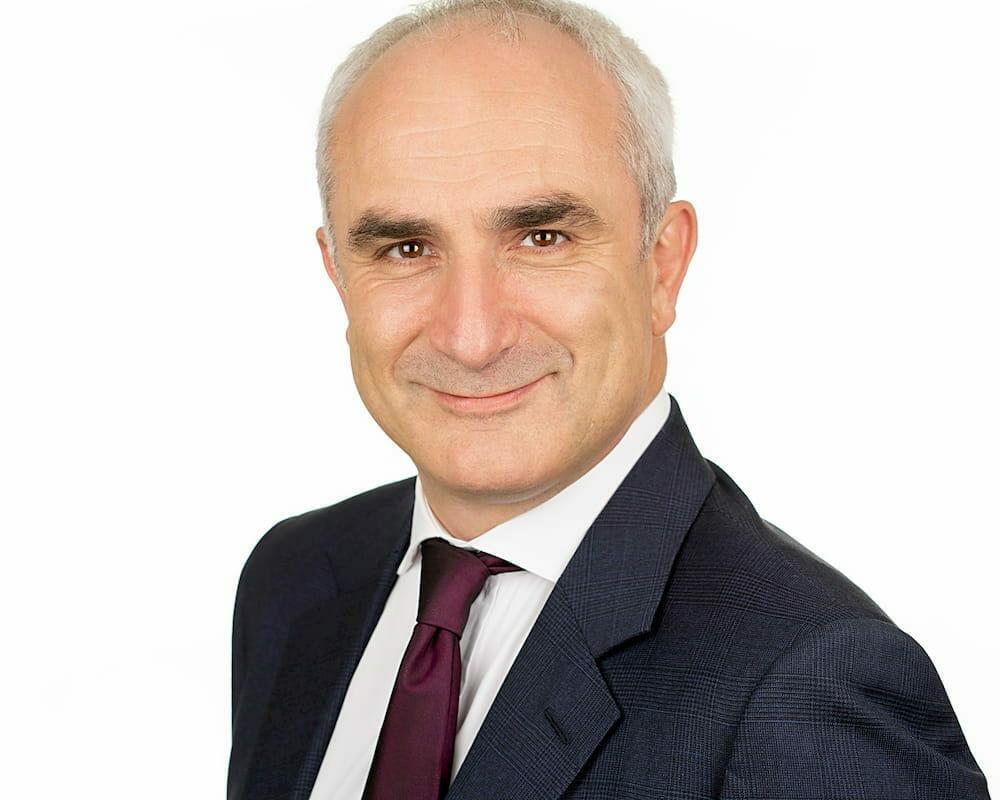 Dr Hugo Henderson 1