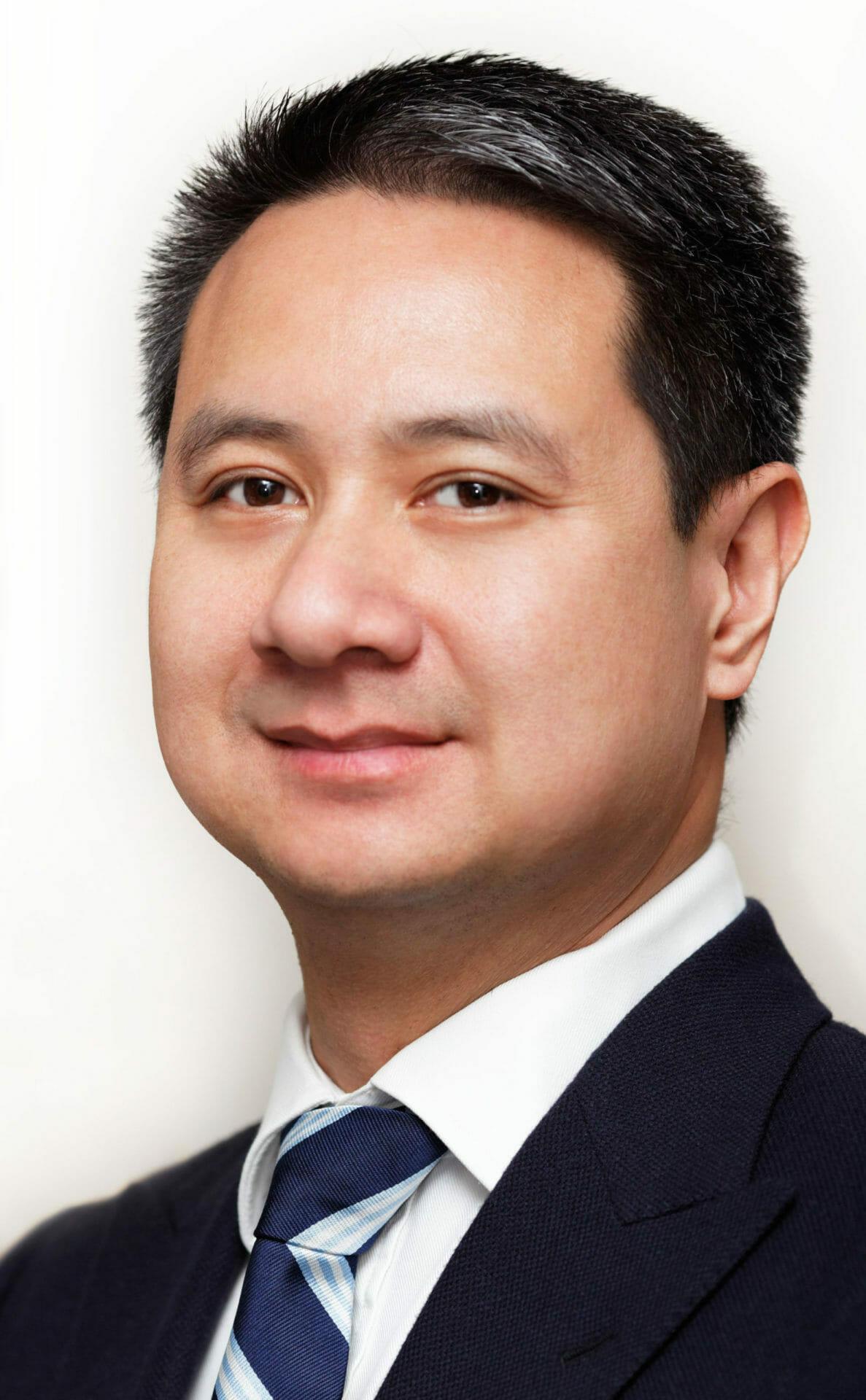 Dr-Triet-Hoang